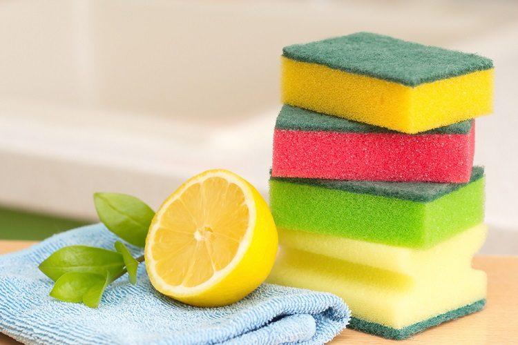 Hướng dẫn các bước vệ sinh và khử mùi hôi trong tủ lạnh hiệu quả 5
