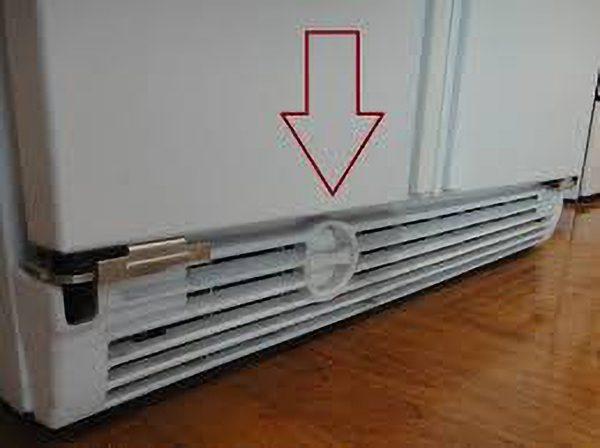 Van thoát nước tủ lạnh bị hở hoặc bị nghẽn