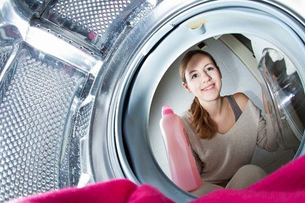 Vì sao phải thường xuyên vệ sinh máy giặt LG 2