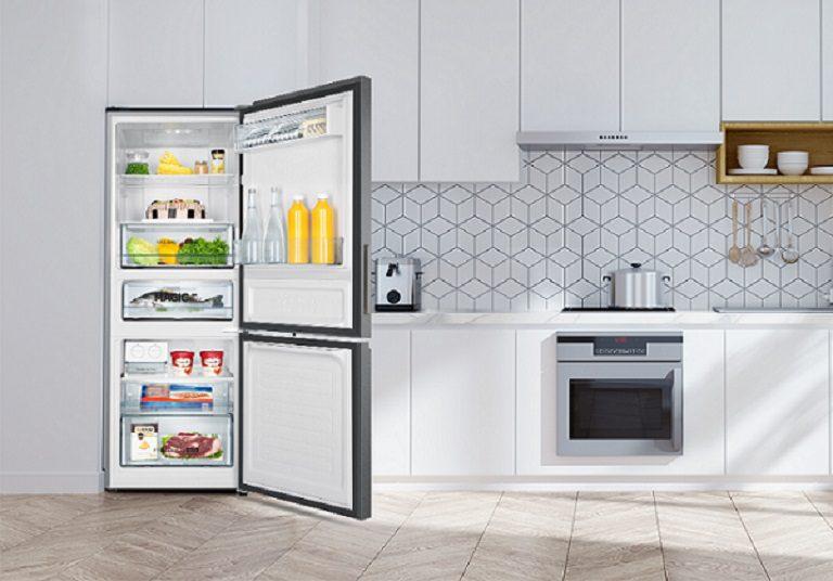 Tủ lạnh Aqua Inverter 320 lít AQR-IW378EB SW, sang trọng
