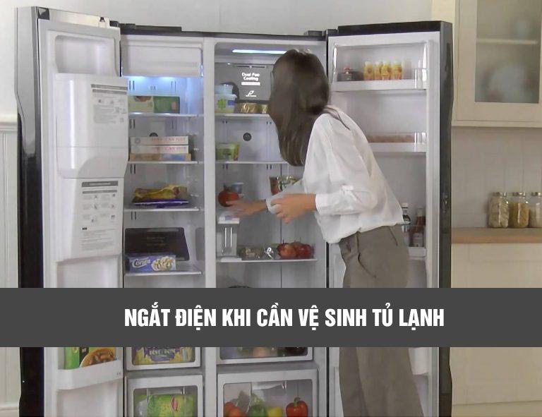 thinh-phat-ngắt điện khi cần vệ sinh tủ lạnh
